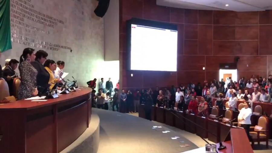 Morena en Oaxaca no consigue los votos para aprobar el aborto y alinear la reforma al Código Penal
