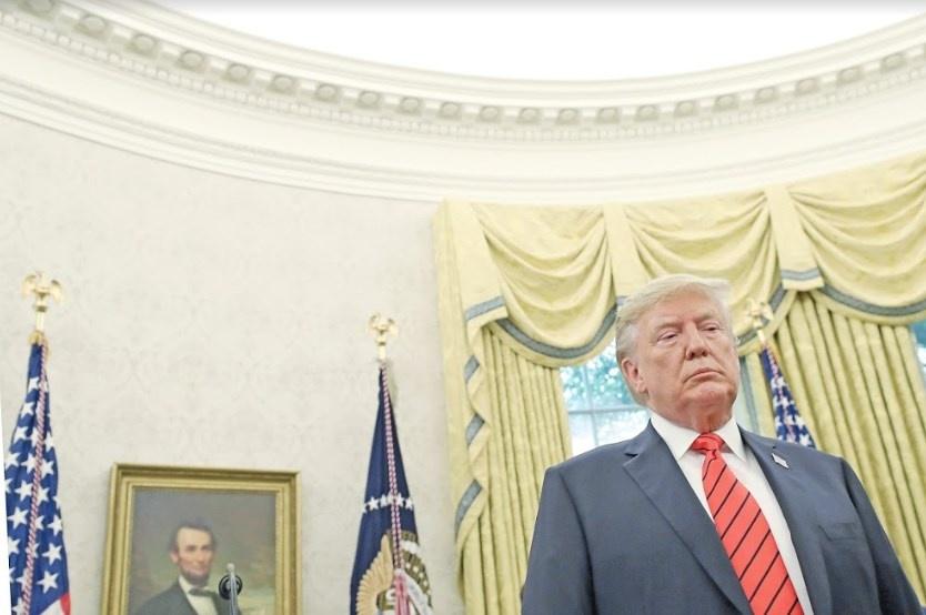Trump busca apagar la polémica de Ucraniagate