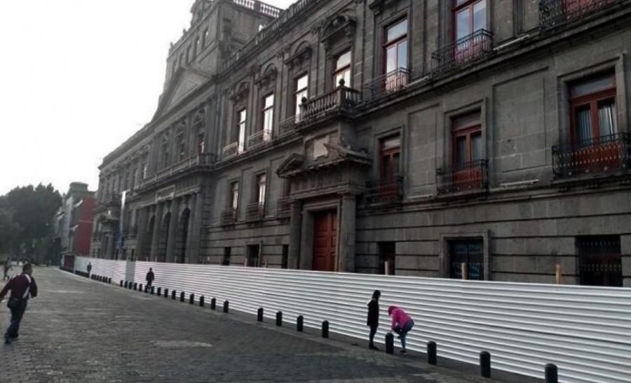 """Blindan"" Centro Histórico capitalino por marcha del 2 de octubre"