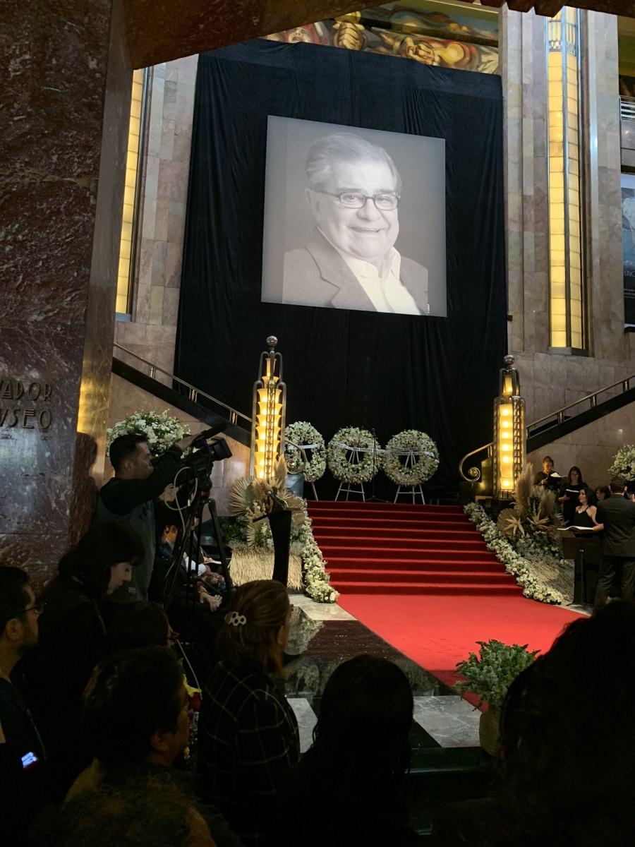 Homenaje a Miguel León-Portilla, desde Bellas Artes