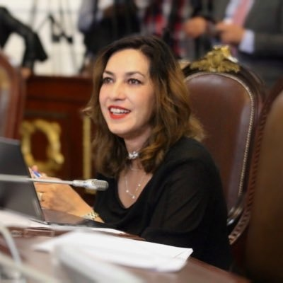 Busca diputada del PT fortalecer prohibición del matrimonio entre menores en la CDMX