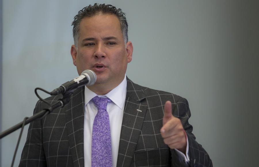 Medina Mora, acusado de lavado de dinero: Santiago Nieto