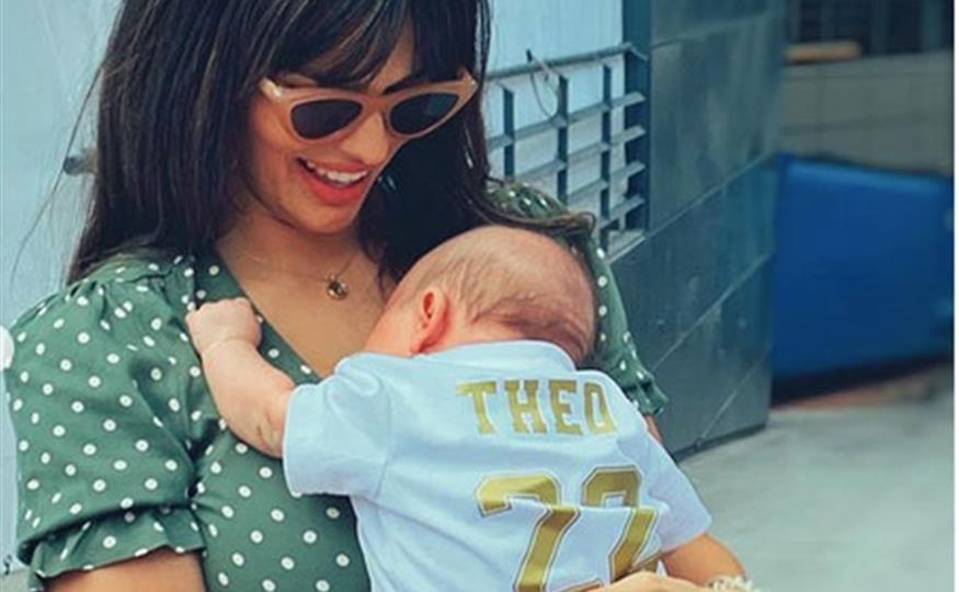 La imagen más 'maternal' de Sara Sálamo con el pequeño Theo