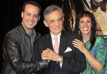 Miami rinde homenaje de cuerpo presente a José José
