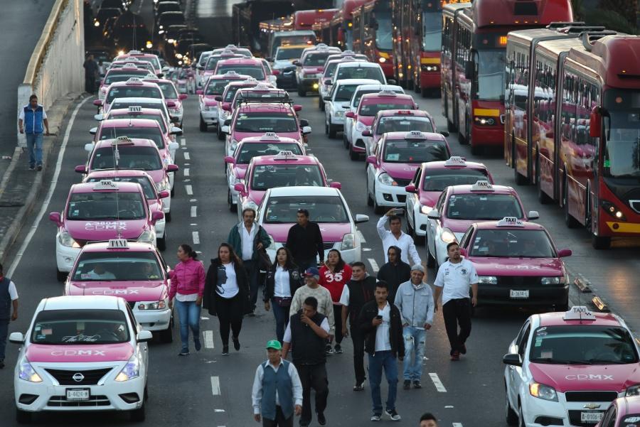 La jefa de la CDMX, Claudia Sheinbaum, dijo no entender el por qué de la movilización de los taxistas