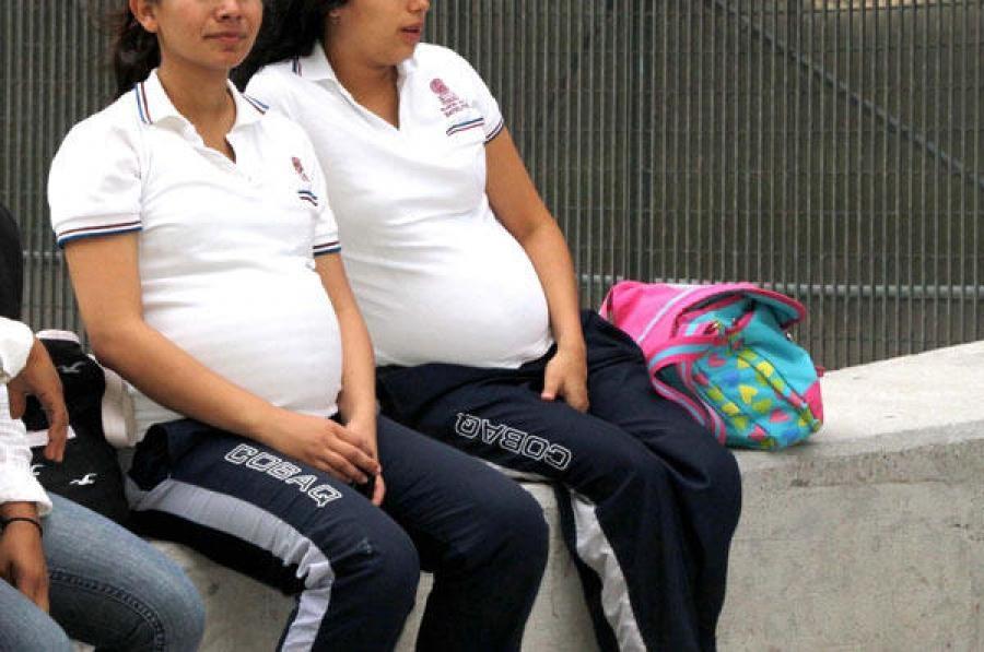 """""""La Vida por Delante"""" difundirá historia de jóvenes que lograron salir adelante sin interrumpir su embarazo"""