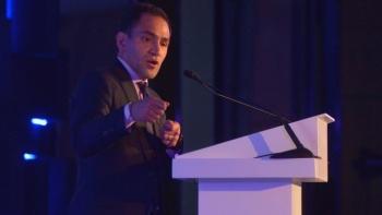 México debe prepararse ante posible recesión global: Arturo Herrera