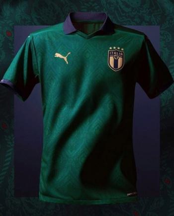 Italia estrena uniforme inspirado en el Renacimiento