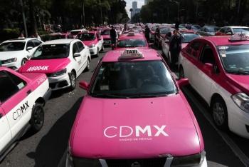 Taxistas se reúnen con autoridades en Segob