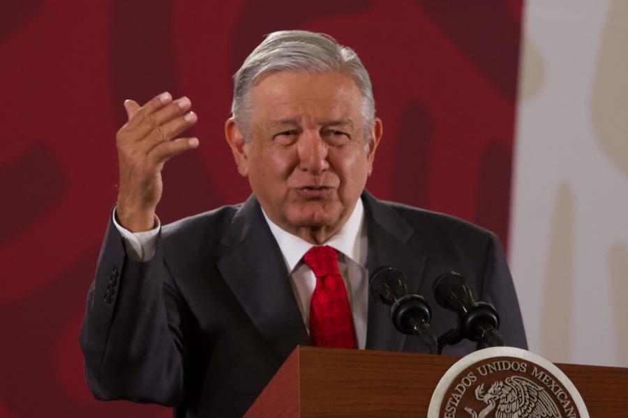 Reitera AMLO que Santa Lucía se concluirá en 2021
