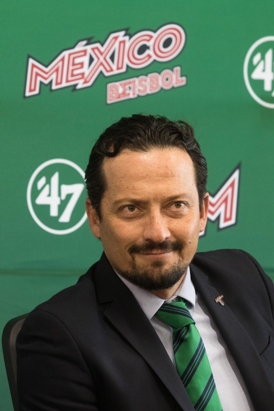 Javier Salinas deja la presidencia de la LMB