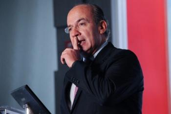 Cancela Felipe Calderón participación en conferencia del Tec de Monterrey
