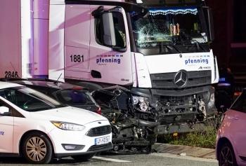 Presunto ataque terrorista con un camión en Alemania deja nueve heridos