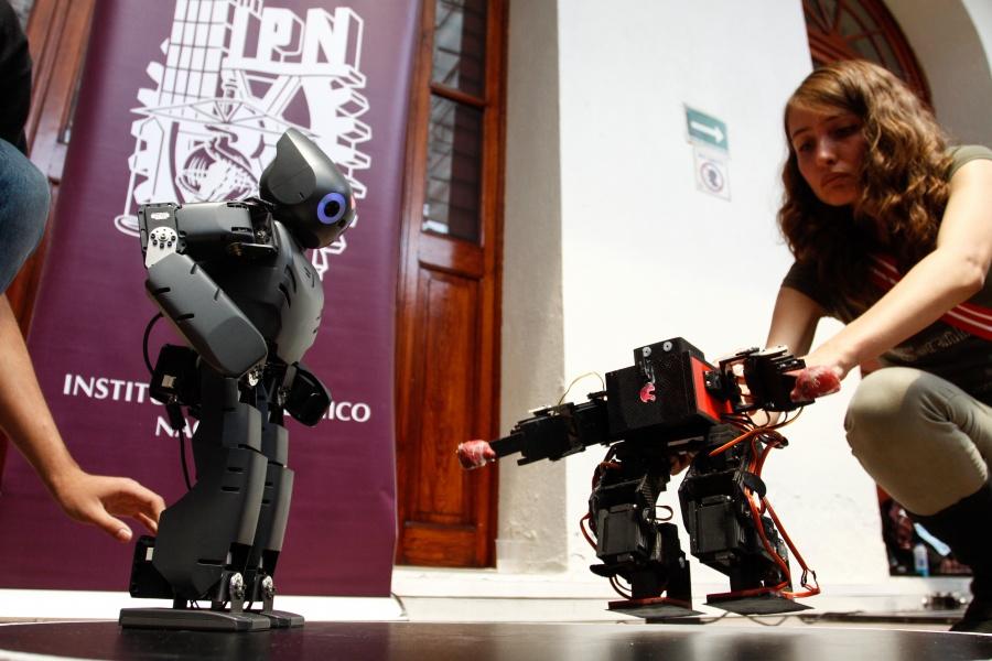 Logra IPN medalla de plata en concurso de robótica en China