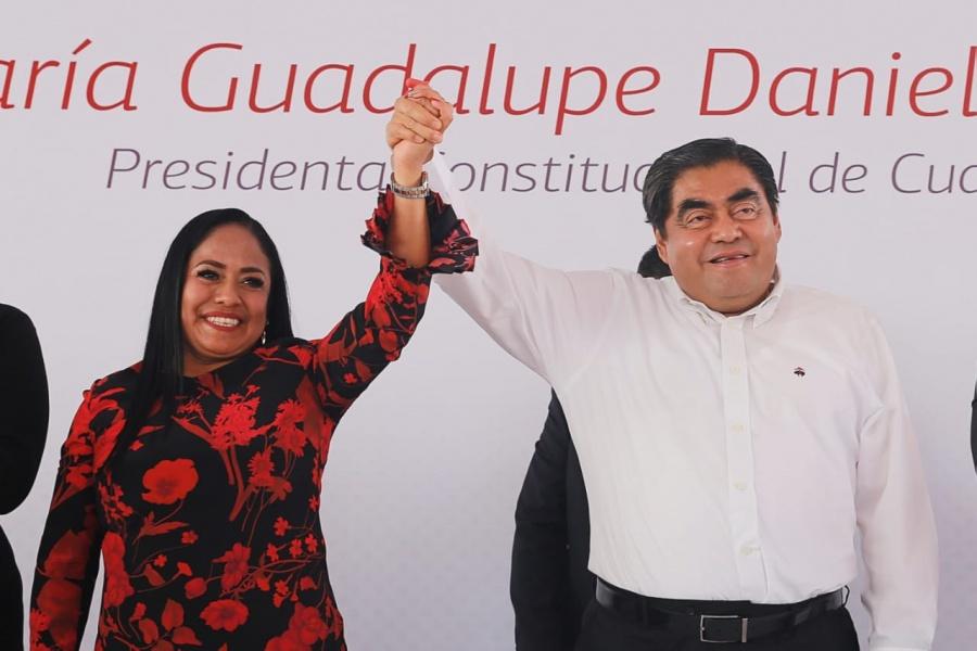 Anuncia gobernador Barbosa construcción de hospital en Cuautlancingo