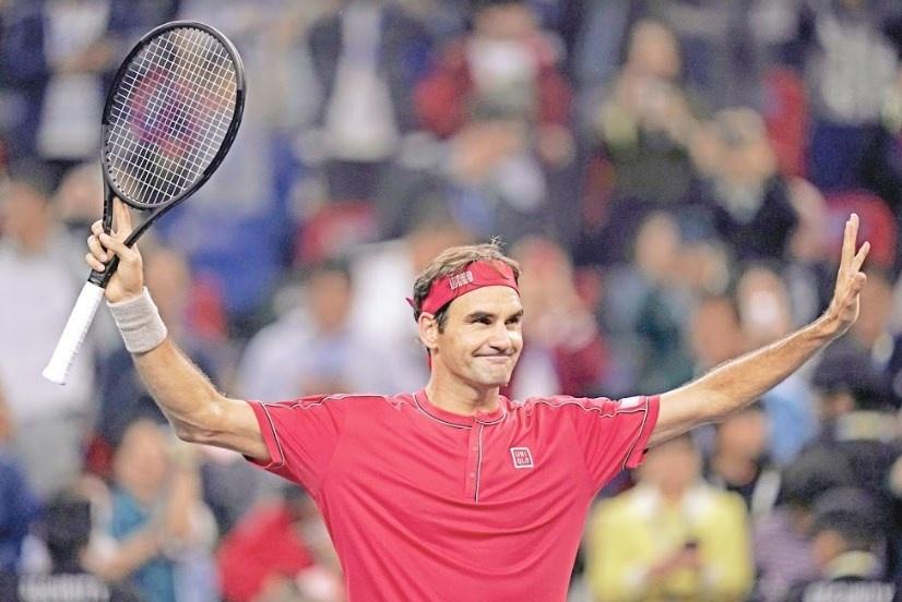 En Shanghái, Federer luce en su debut y va a octavos