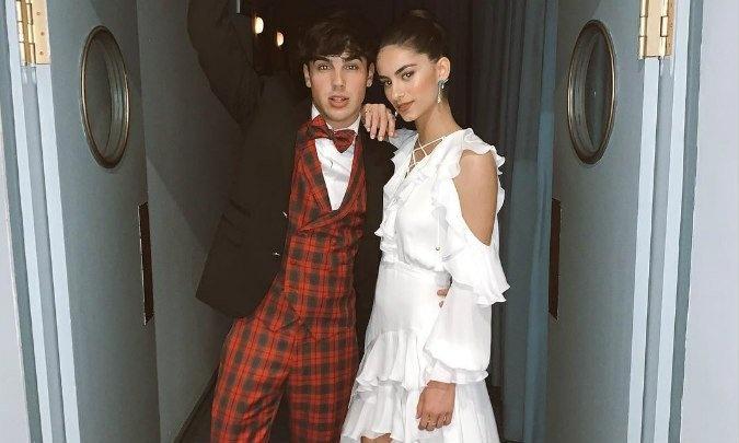 Óscar Casas y su novia Begoña Vargas lo dan todo en la pista de baile