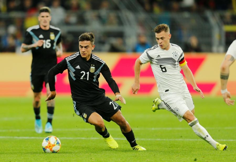 Alemania se deja empatar por Argentina en amistoso