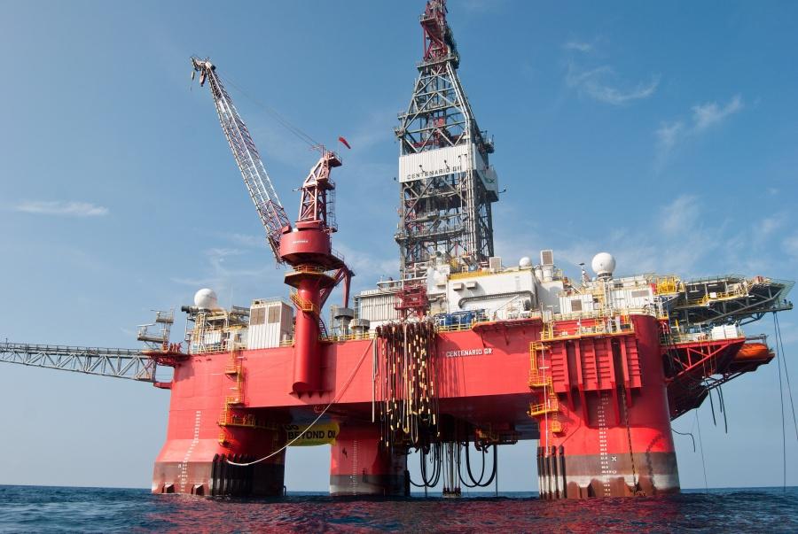 Anuncian que a fin de año se evaluarán contratos petroleros