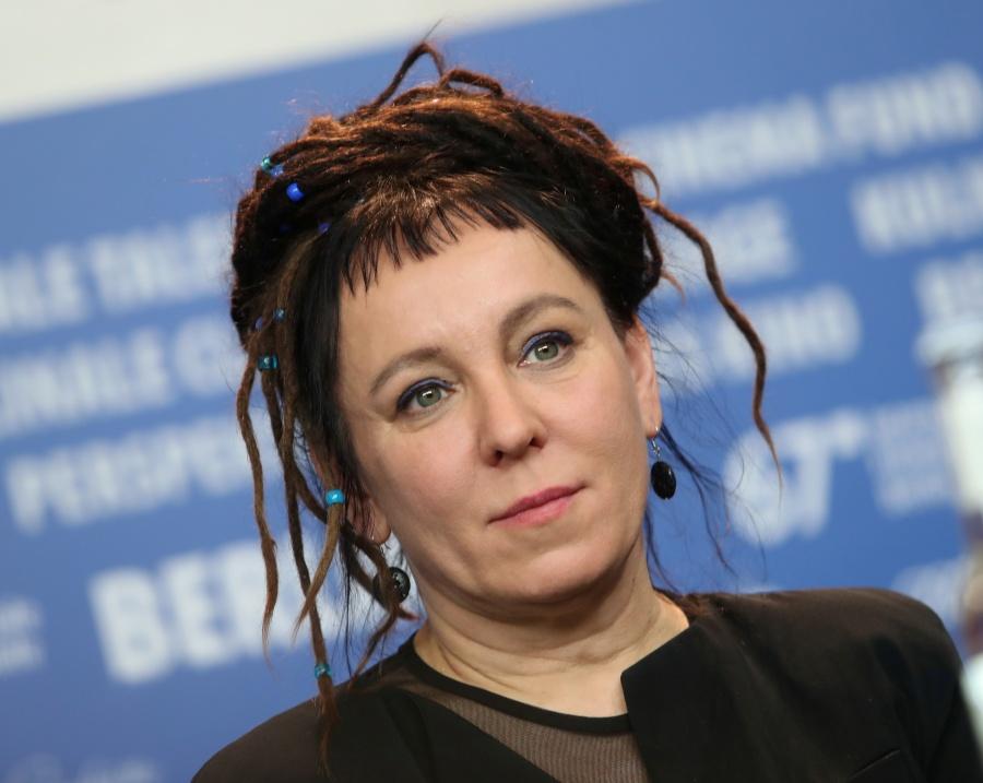 Otorgan Nobel de Literatura a Olga Tokarczuk y Peter Handke