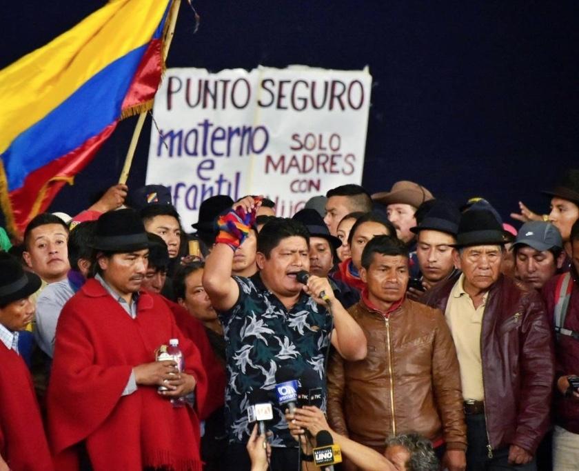 Indígenas liberan a policías y los entregan a la ONU en Ecuador