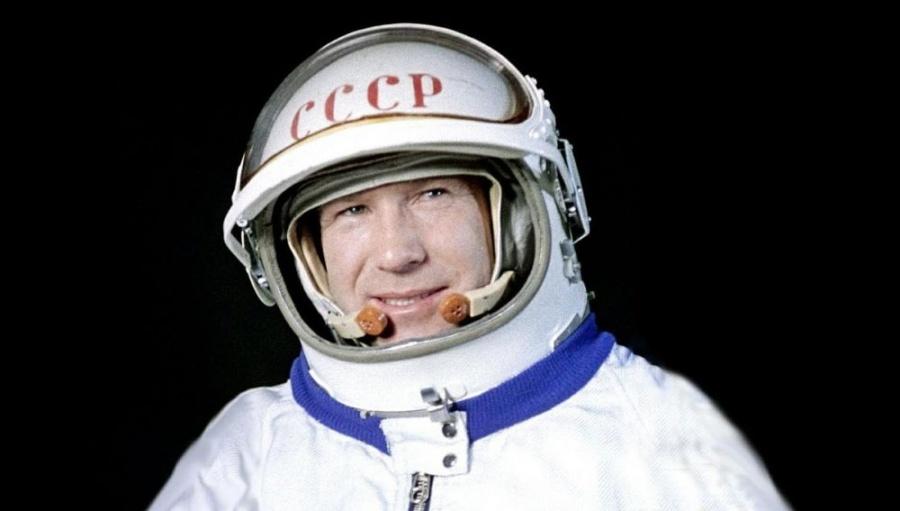 Muere el primer caminante espacial Alexéi Leónov