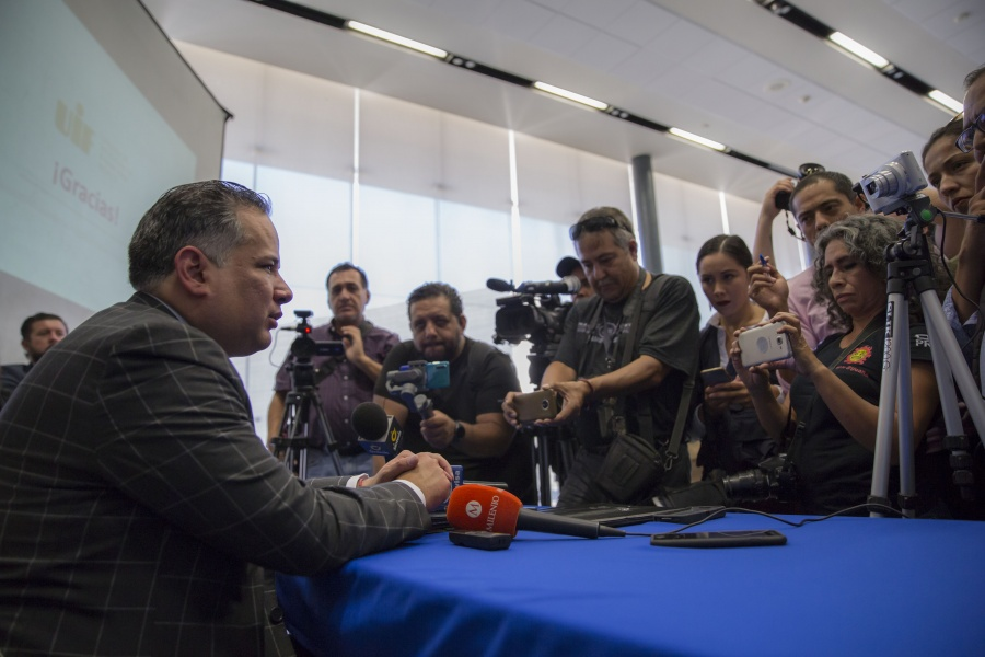 Revela la UIF documentos relacionados con el bloqueo a cuentas de Medina Mora