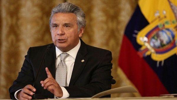 Impone presidente de Ecuador toque de queda y militarización en Quito