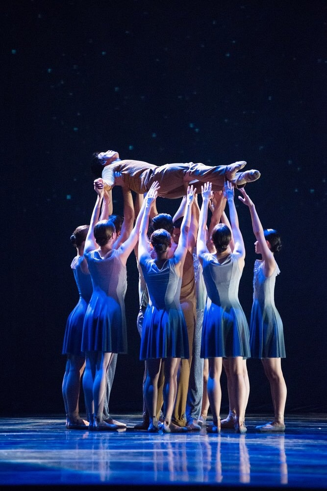 Canadá presume su origen multicultural con megapuesta de ballet