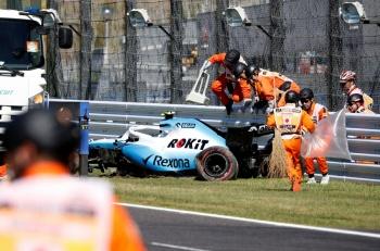 """En última vuelta del GP de Japón, """"Checo"""" Pérez chocó su auto"""