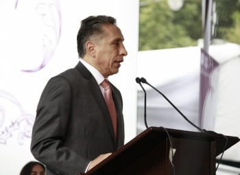 Manuel Negrete se suma a proyecto de AMLO