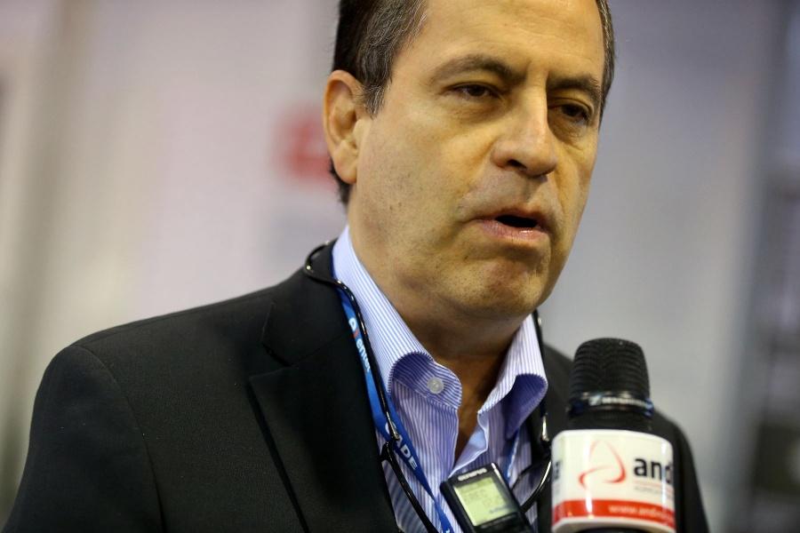 Empresarios respaldan posición de gobierno de Perú sobre cuotas de jurel