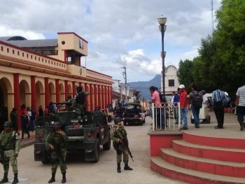 Intentan retener a la alcaldesa de Simojovel, Chiapas, pero sale ilesa