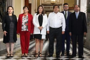 Llama gobernador Barbosa a integrar equipos de trabajo con ciudadanos limpios