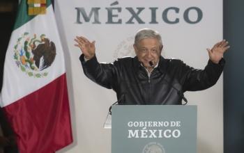 Coinciden en vuelo López Obrador y Raúl Salinas de Gortari