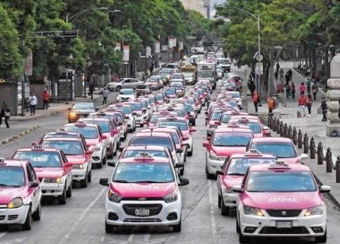 De nuevo, amagan taxistas con movilización