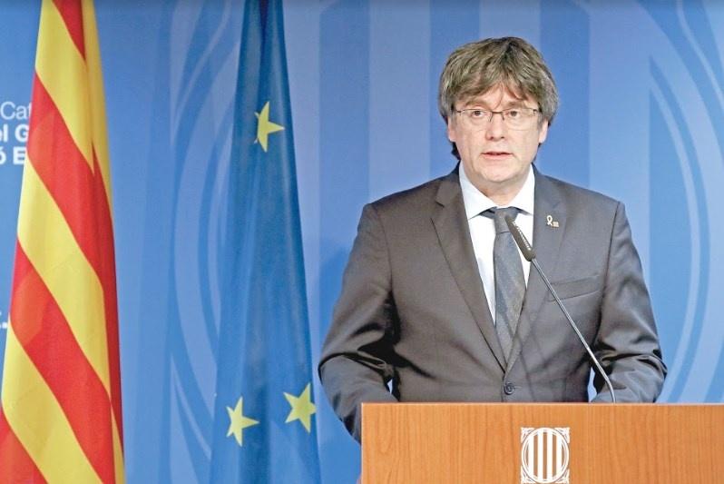 """Toca movilizarnos sin miedo"", asegura Carles Puigdemont"