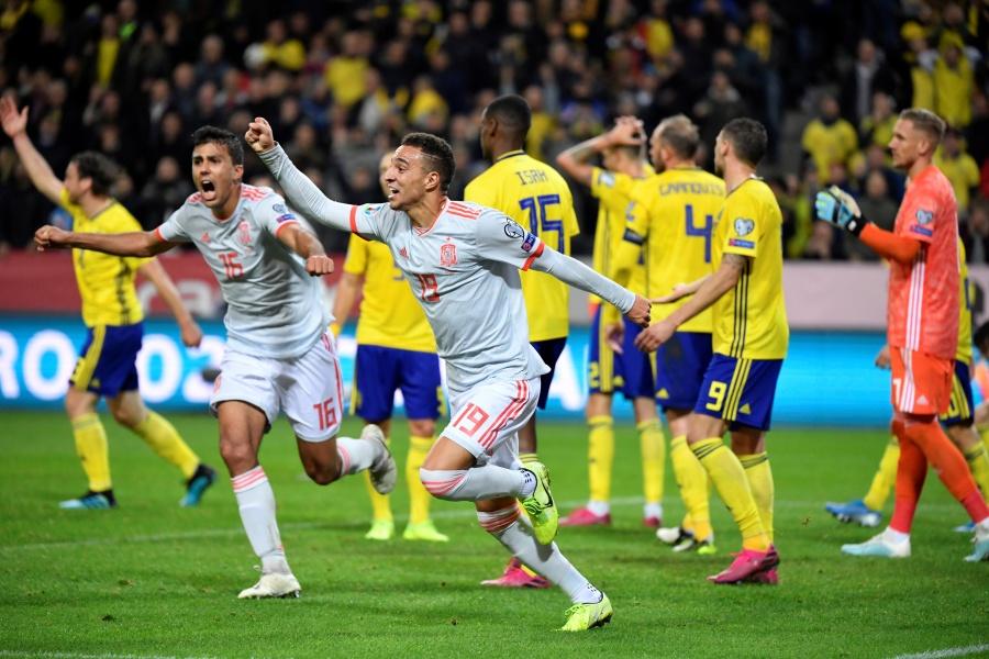 España empata ante Suecia y clasifica a la Euro 2020