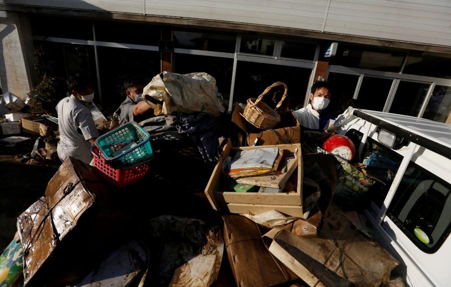 Suben a 68 los muertos por paso del tifón Hagibis en Japón