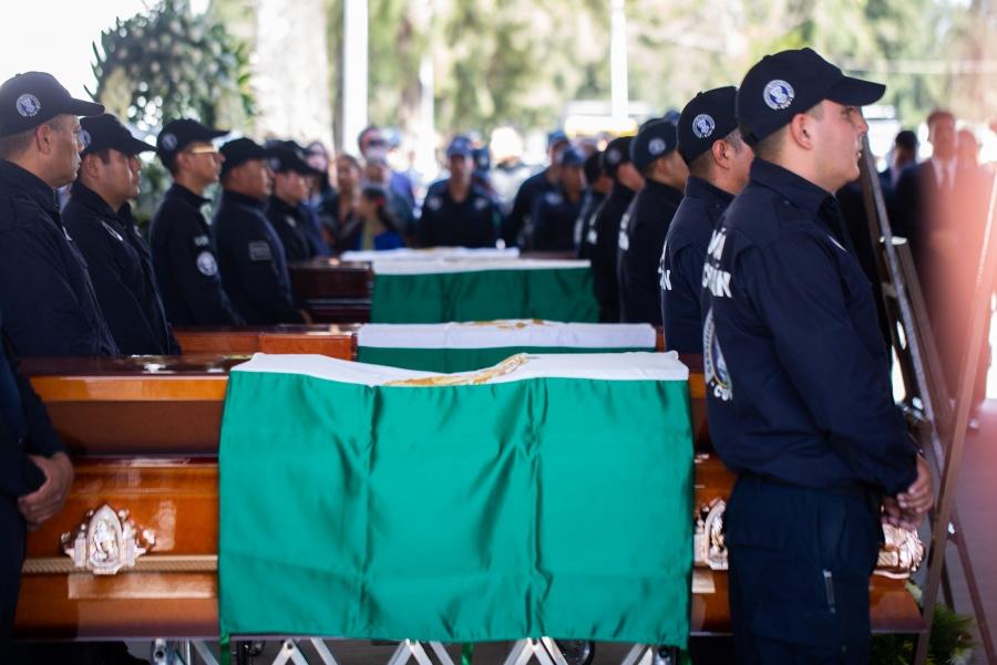 Aureoles encabeza homenaje a policías asesinados en Michoacán