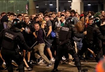 Protestas dejan 131 lesionados en Cataluña