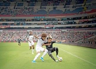 México gana y aprueba en la tribuna sin el polémico grito