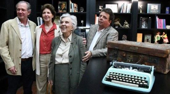 Fundación Poniatowska dona mil 526 libros al penal de Tepepan