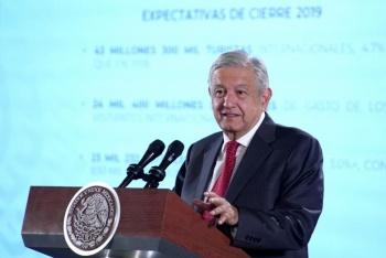 Reitera AMLO que no investigará a Peña Nieto ni a otro ex presidente