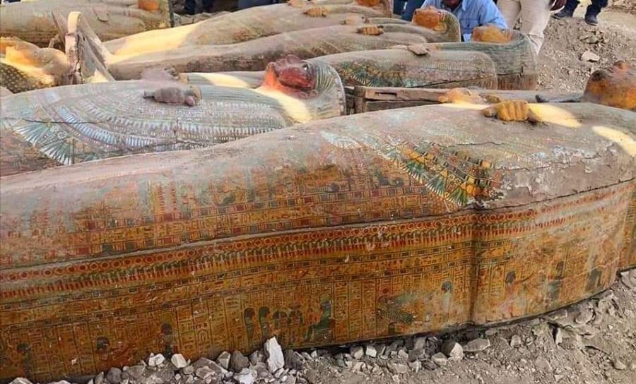 Descubren 20 sarcófagos antiguos muy bien conservados en Egipto