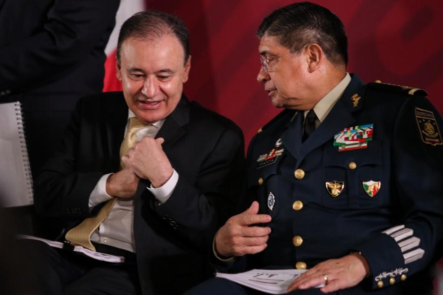 """Admite Gabinete de Seguridad """"operativo fallido"""" para capturar a hijo de """"El Chapo"""""""