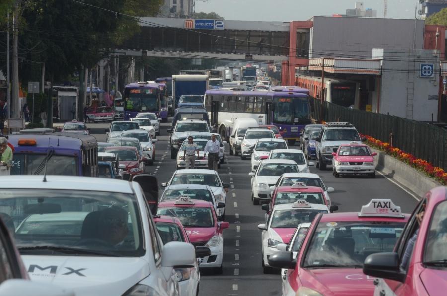 Taxistas cancelan movilización de este lunes en la CDMX