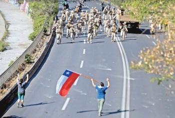 Ejeacutercito chileno extiende el toque de queda van 8 muertos