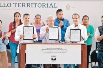 Anuncian la rehabilitación de 10 mil escuelas en Oaxaca