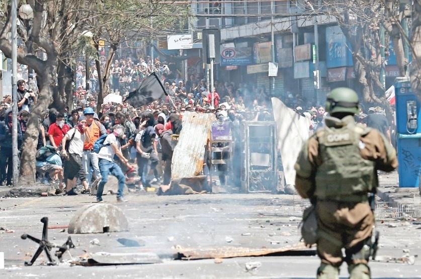 Aumenta a los 11 muertos por protestas en Chile